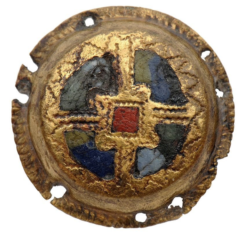 Cabochon de Harnais, datant de l'An Mille (1006-1036), trouvé sur le site Colletière-Charavines.