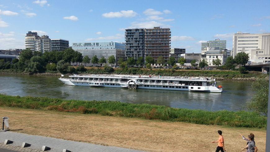 Le Loire Princesse a finalement pu regagner Nantes à la mi-journée ce jeudi (photo d'illustration)