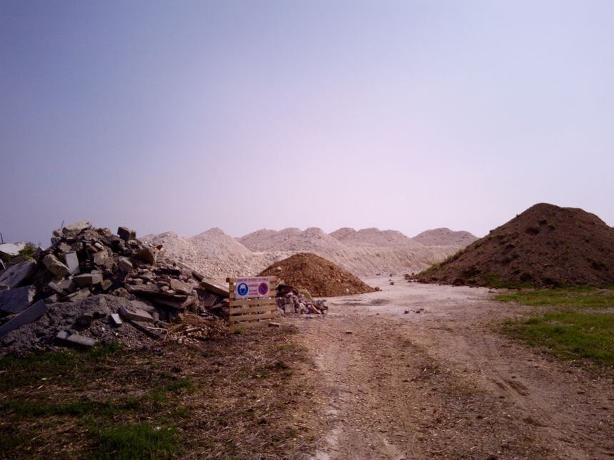 Le début du chantier, sur le site de Hailles