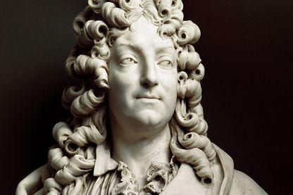 Détail du buste de Jean Racine à la Comédie française