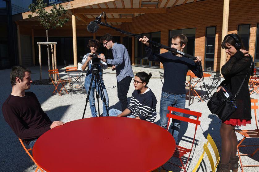 Les étudiants de la première école nationale de cinéma libre, Cinefabrique,  octobre 2015 à Lyon