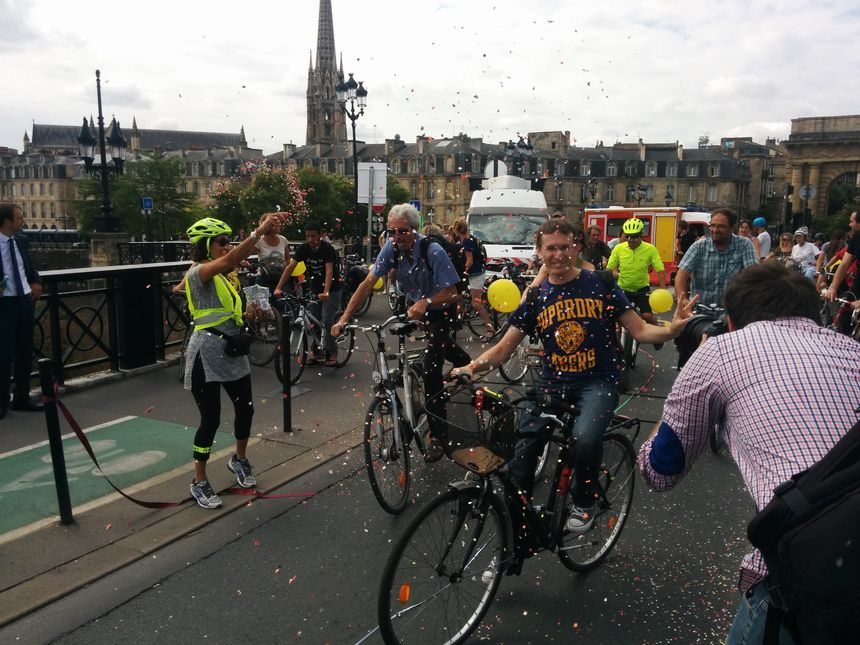 Des dizaines de cyclistes sont venus fêter l'événement