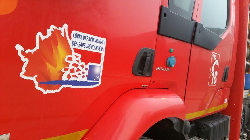 Le camion des pompiers de Dordogne