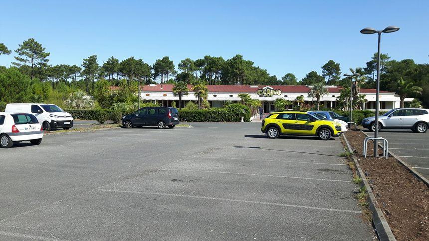 L'agression se serait déroulée sur la voie publique à la sortie du parking du Casino