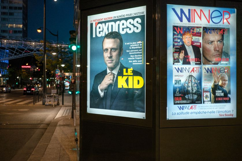 Couverture L'Express visible sur la devanture d'un kiosque à Paris, 9 Mai 2017,  Paris, France.