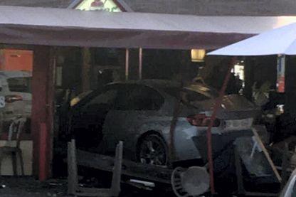 Une voiture fonce volontairement sur une pizzeria à Sept-Sorts