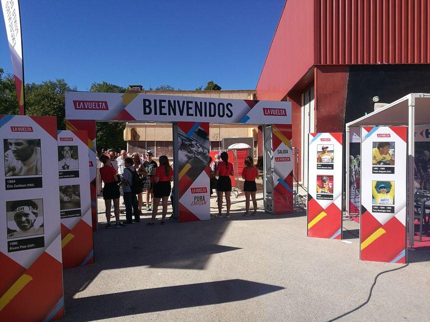 L'entrée du village-départ de la Vuelta à Prades