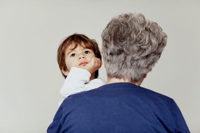 Etant donné le taux de natalité qui ne cesse de baisser, la population des pays européens est vieillissante...