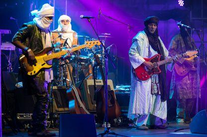 Le groupe Tinariwen lors du festival internationale des cultures : Pirineos Sur en juillet 2017