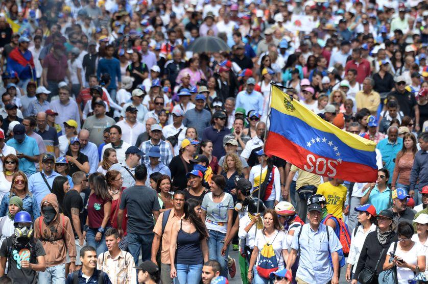 Les manifestants anti-gouvernement prennent part à une manifestation contre la mise en place de l'Assemblée Constituante, le 4 août 2017 à Caracas.