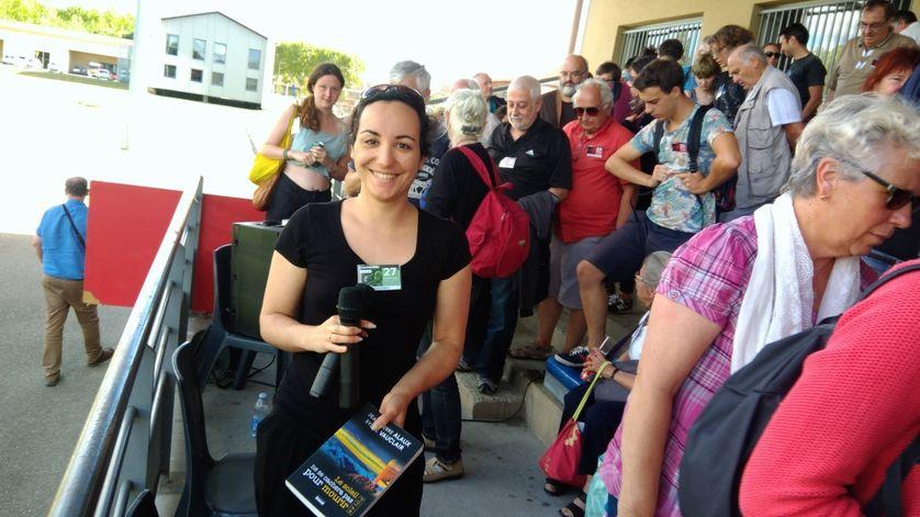 Florence Porcel anime jusqu'à la fin de la semaine le Café astro du 27e festival d'astronomie de Fleurance, dans le Gers