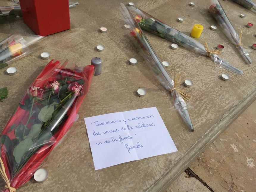 Quelques mots en espagnol pour les victimes des attentats