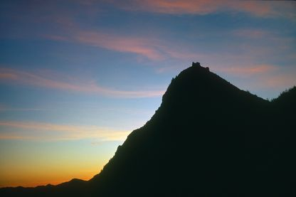 Coucher de soleil sur le pog de Montségur (2011)