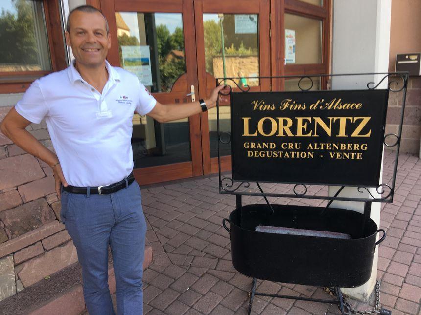Gustave Lorentz prend soins de ses vignes, de ses employés, de ses clients et des générations futures avec son exploitation biologique