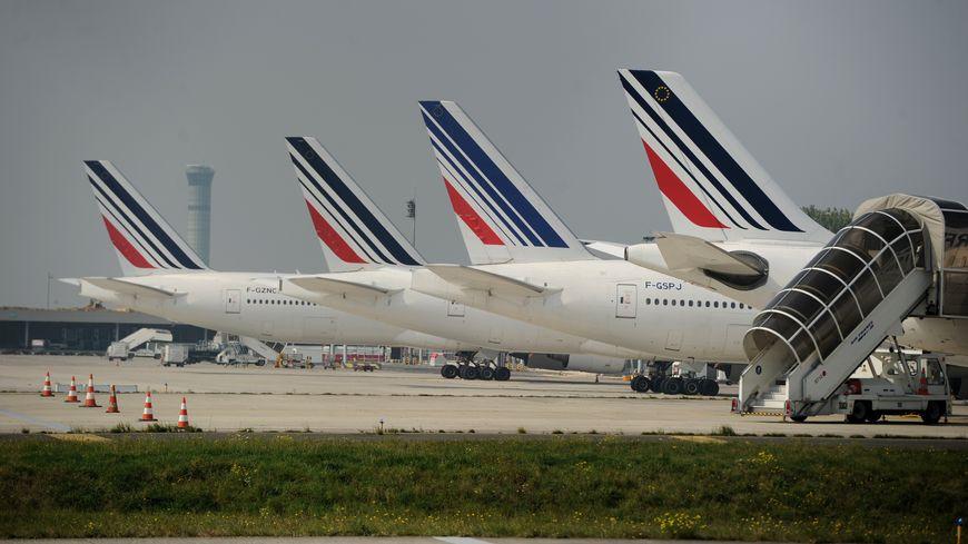 Un préavis de grève illimitée, à compter du 1er septembre, a été déposé par la CFTC d'Air France, syndicat pour les hôtesses et les stewards (PNC).