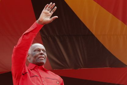 Pour son départ de la présidence de l'Angola, Jose Eduardo dos Santos a fait un joli cadeau à sa fille