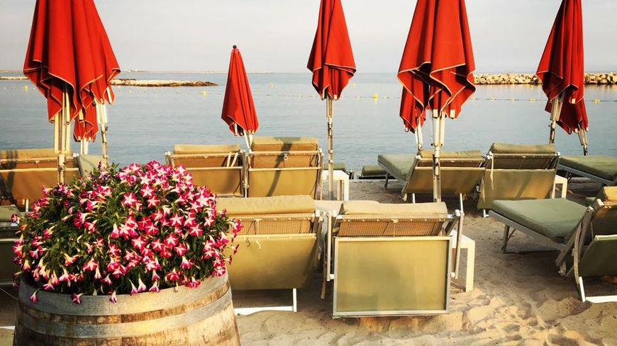 Beach Club de St Laurent du Var - un été à la Plage