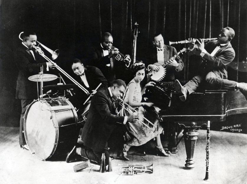 Le trompettiste Louis Armstrong avec le King Oliver's Creole Jazz Band à Chicago en 1923