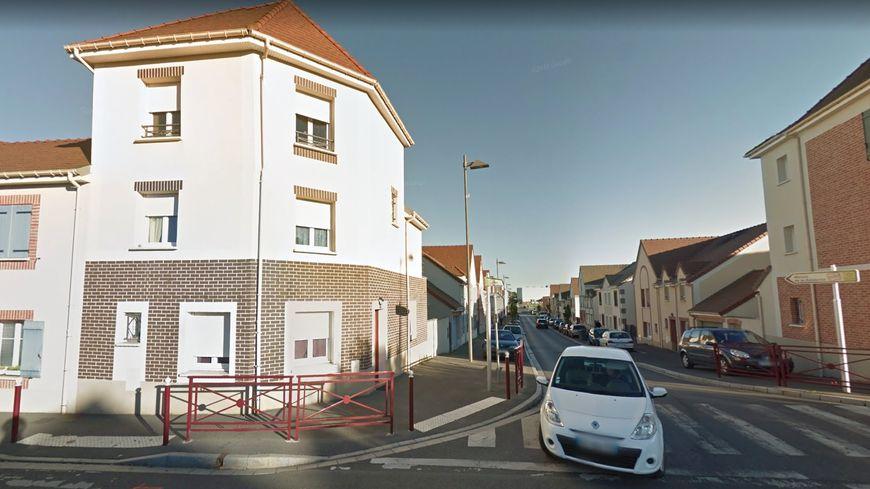 Maison de retraite beauvais elegant a vendre maison pices for Garage du centre beauvais