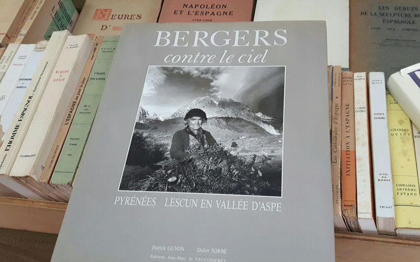 """""""Bergers contre le ciel"""" une galerie de portraits saisissants"""