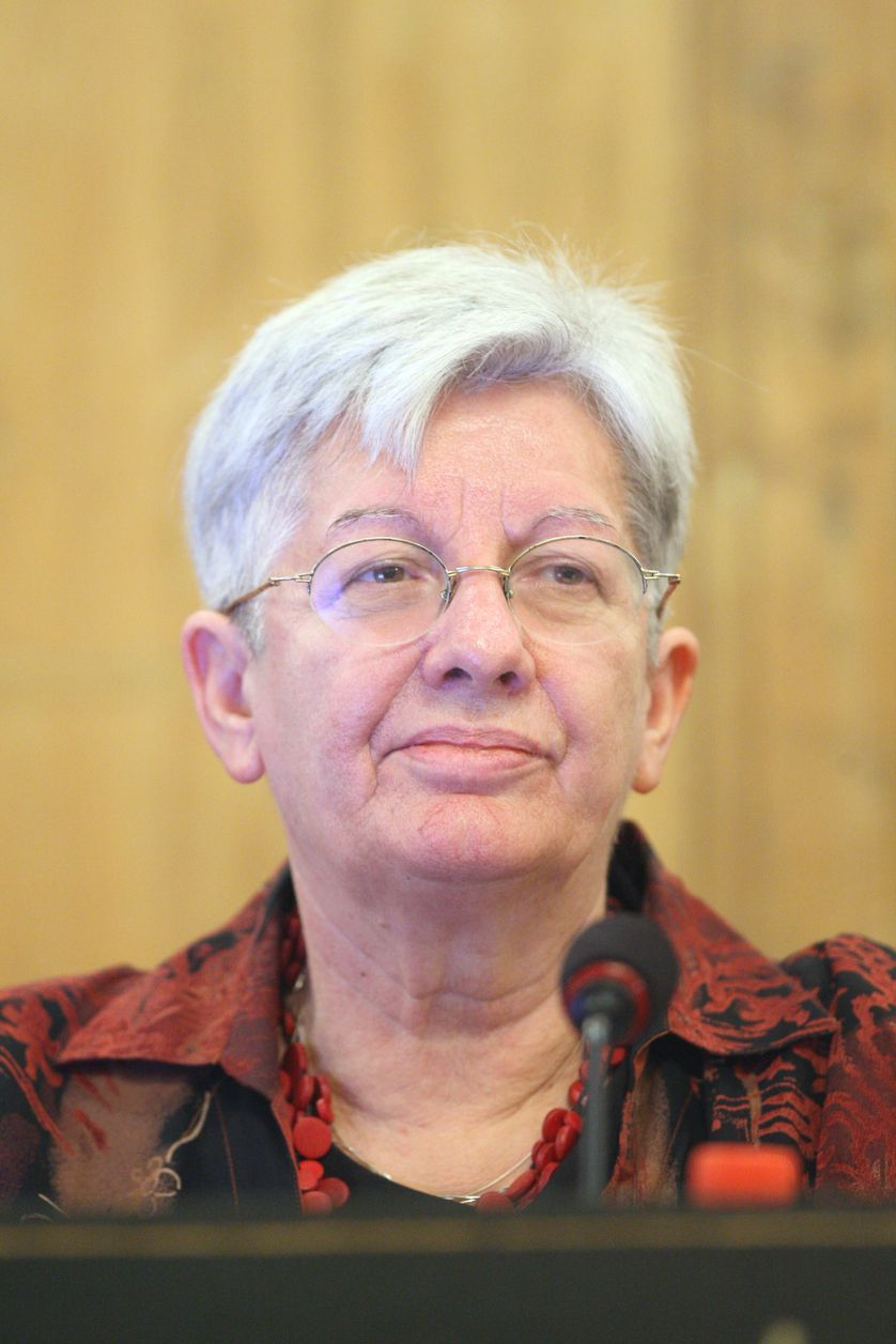 """2008 - Académie des Sciences : conférence de presse de Nicole El Karoui, sur le thème """"Mathématiques et finance de marche : quelle place dans la crise actuelle"""""""