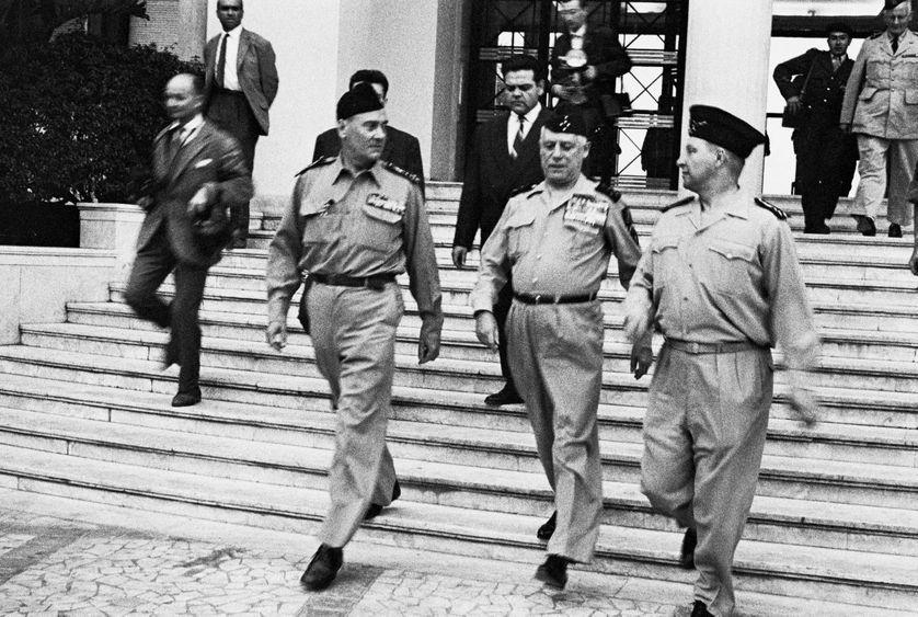 L'état d'urgence a été décrété en Algérie après le putsch des généraux en 1961