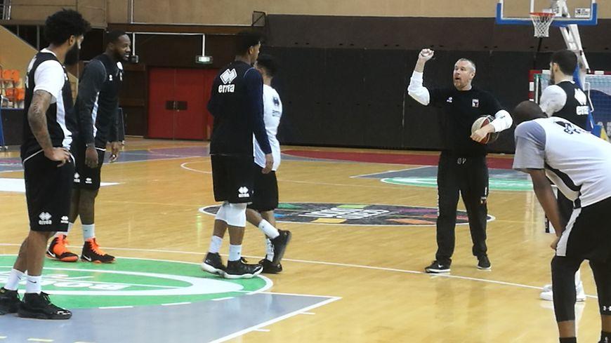 La JDA repart au combat! Ici l'équipe lors de l'entraînement de ce jeudi 21 septembre 2017 sous la houlette de son coach Laurent Legname