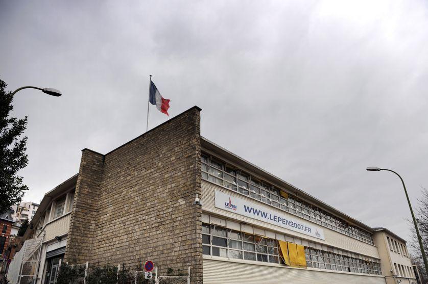 Le paquebot, siège du FN, à Saint-Cloud, en 2008.
