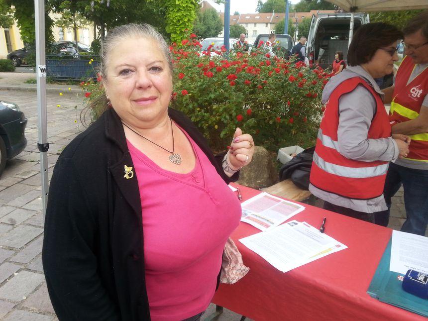 Marie-Jeanne Lupun a signé la pétition contre la disparition de la trésorerie.