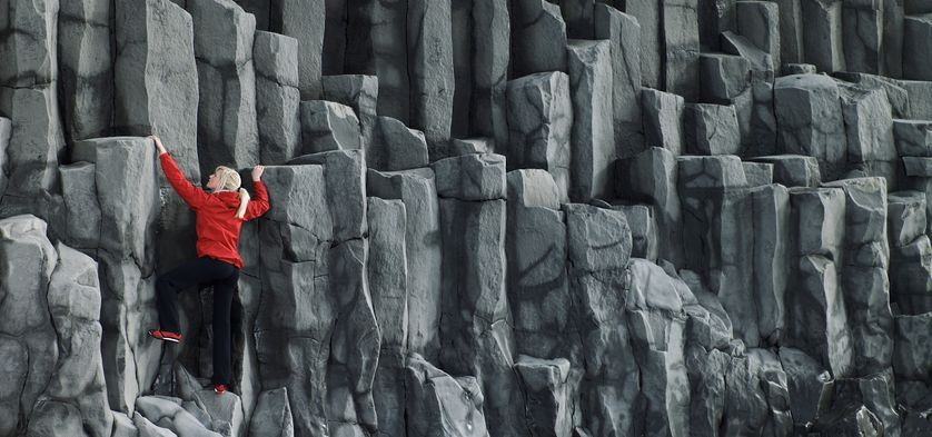 Escalade dans les colonnes de basalte