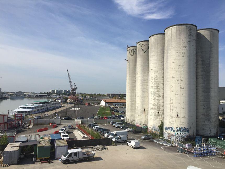Quai du Maroc, deux silos seront conservés à l'entrée du futur hôtel 4/5 étoiles