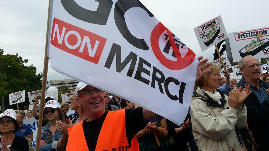 Environ 2.500 opposants au projet GCO dans la rue ce samedi après-midi