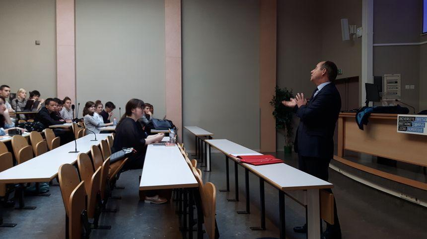 Jean-Jacques Urvoas donne son premier cours à Quimper depuis 10 ans