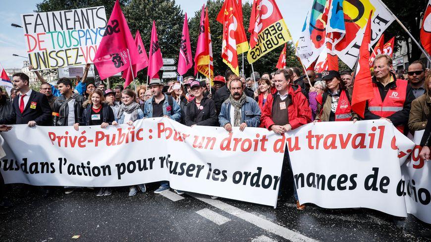 A Paris, et dans toute la France, la CGT a revendiqué 400.000 manifestants... Pour la police, c'est plutôt 200.000.