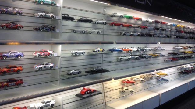 Des milliers de figurines pour les férus de l'auto