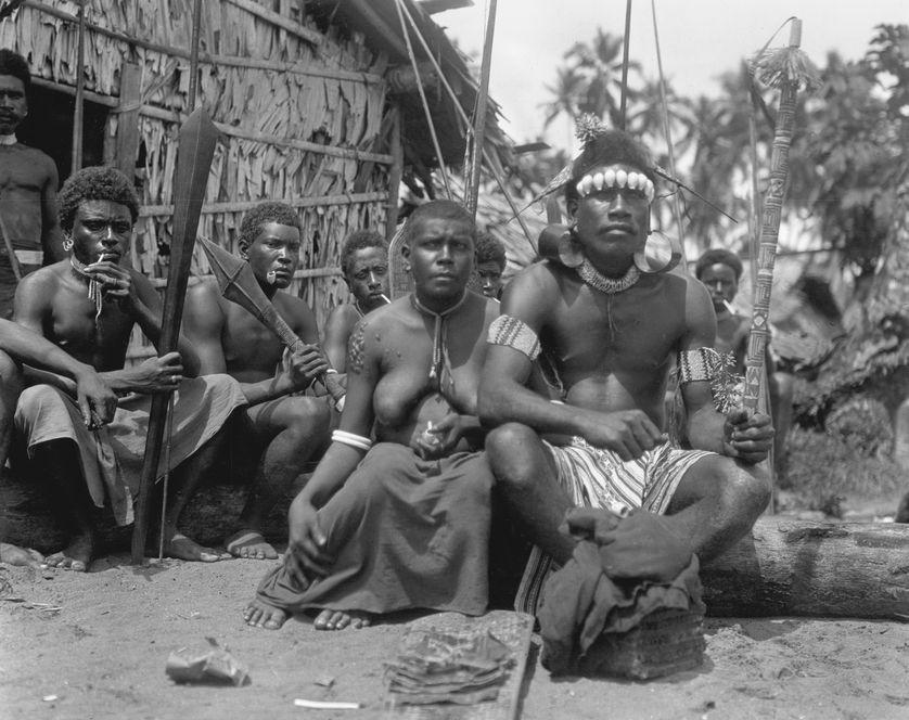 Habitants de l'île de Guadalcanal, îles Salomon, 1908