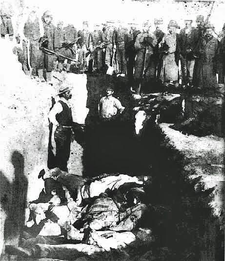 Le charnier de Wounded Knee après le massacre des Indiens Lakotas par les pionniers au Dakota du Sud, 1890.