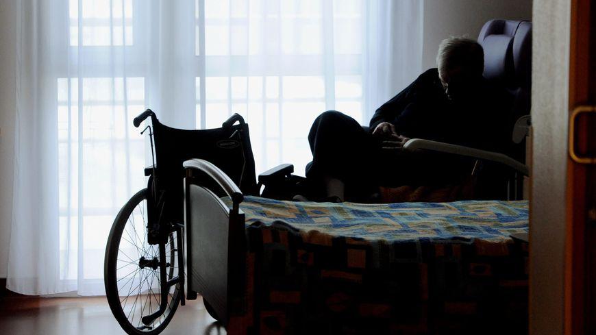 Pendant les séances de sophrologie, les proches sont pris en charge au sein de l'accueil de jour (photo d'illustration).