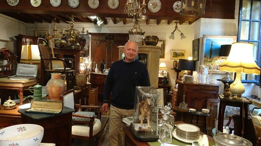 Brocantes, antiquités : dans l\'Yonne, le business de l ...