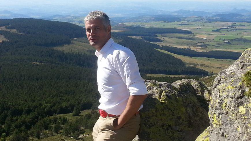 Laurent Wauquiez au sommet du Mézenc