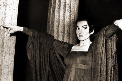 """Maria Callas dans """"La Medea (Médée)"""" au Convent Garden, Londres, le 17 juin 1959"""