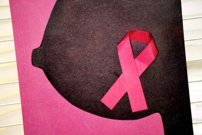 """""""Octobre rose"""" : trente jours pour sensibiliser les femmes au dépistage précoce du cancer du sein"""