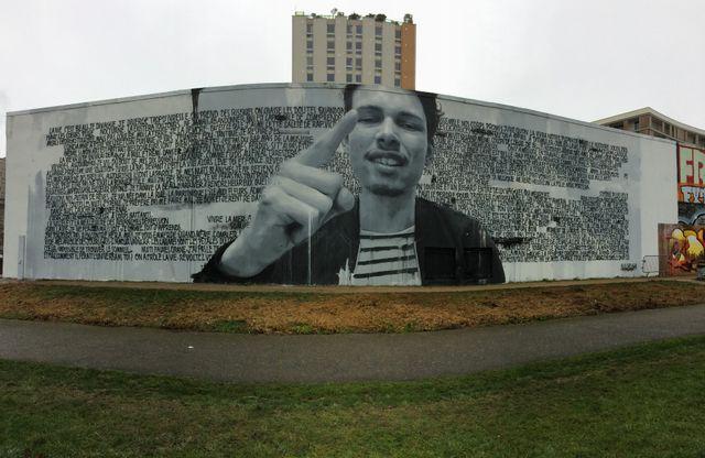 Georgio version Street Art par le duo Sismikazot, à Ivry-sur-Seine en mars 2017