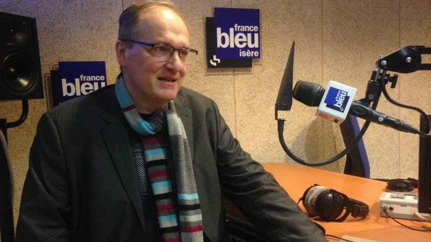 Le professeur de science politique Olivier Ihl apportait son regard de spécialiste sur les élections sénatoriales, ce lundi 25 sur France Bleu Isère.