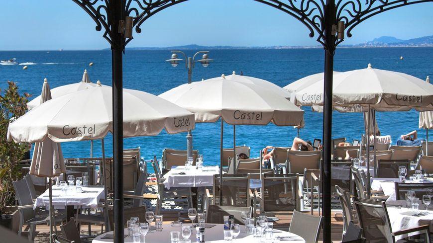 Le Castel Plage - un été à la plage sur France Bleu Azur