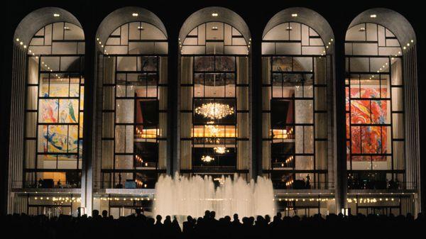 Un important plan social au Metropolitan Opera de New York