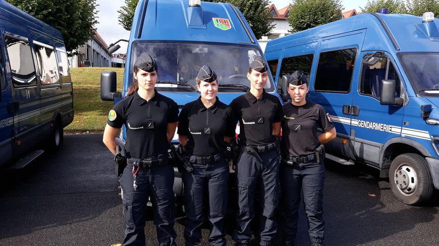 A gu ret quatre jeunes femmes ont d j rejoint les rangs - Nouvelle grille indiciaire gendarmerie ...
