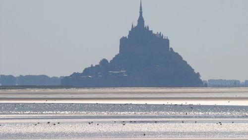 Épisode 2 : Les Mille et une vies du Mont-Saint-Michel