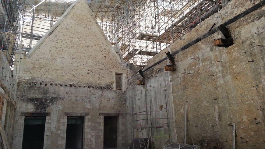 La reconstruction de la mairie de la rochelle a démarré en mai 2016