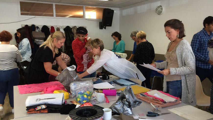L'atelier couture où les femmes se rencontrent à l'Espace socio-culturel des Hauts de Bayonne